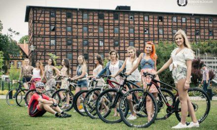 """Rusza ogólnopolska akcja """"Dziewczyny na rowery"""". Rok 2014"""